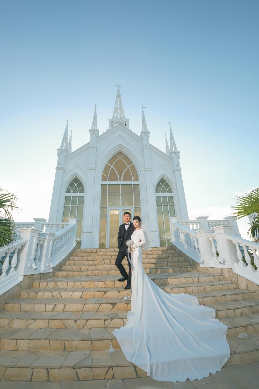 沖繩克莉絲蒂教堂自帶攝影師迎娶拜別拍攝